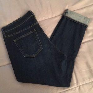 Mid/high waist GAP jeans 31